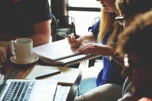 O que deve ser discutido na primeira reunião de condomínio? Horizonte Construtora
