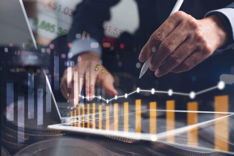Com a queda da Taxa Selic e Renda Fixa, ainda é bom investir?